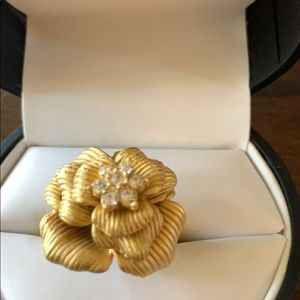 Premier Designs jewelry gold ring size 6